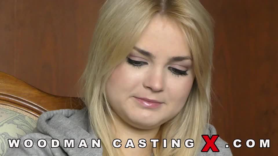 Украинская lolly small пробуется на порно кастинге у Вудмана (без секса)