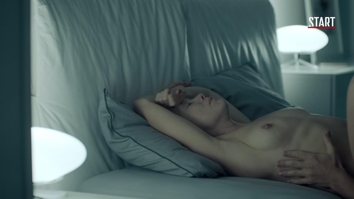 Дарья Мороз жаркий секс с приятелем