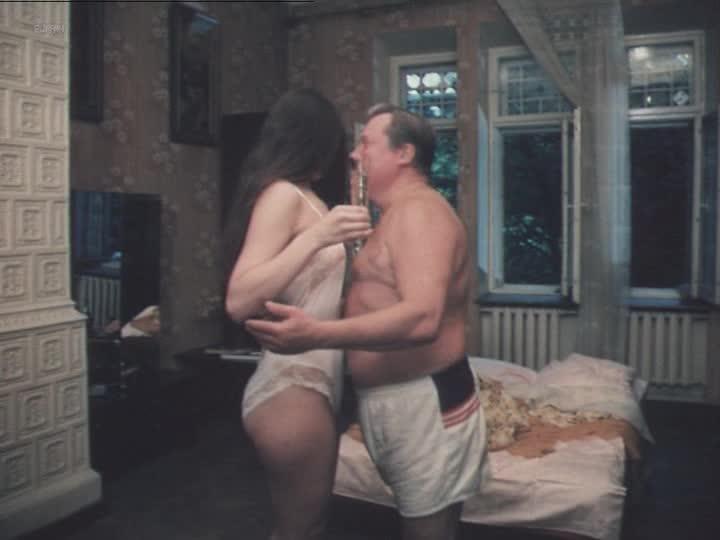 Александра Колкунова - Похитители воды (1992) топлес