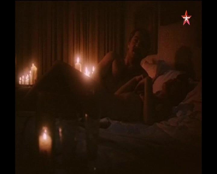 Постельная сцена из русского фильма