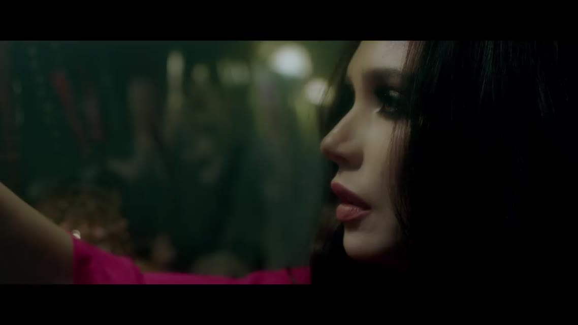 MOLLY - Не плачу Премьера клипа 2019