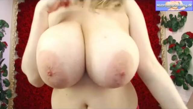 Девушка с массивными сиськами и огромными ореолами