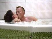 Русская милфа Irina в ДЖАКУ́ЗИ с молодым хлопцем