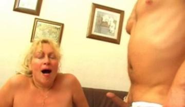 Madlen 40 летняя Русская женщина 02 ( Moms-Explorer)