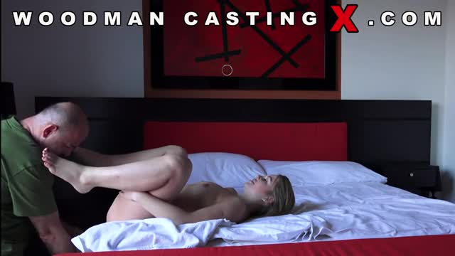 Русская студентка Таня (Alessandra Jane) на Woodman casting