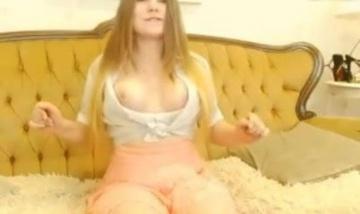 Дорогая Аня: шальные сиськи и высокие каблуки порно видео