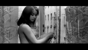 Маргарита Терехова голая переодевается - Здравствуй, это я (1965)