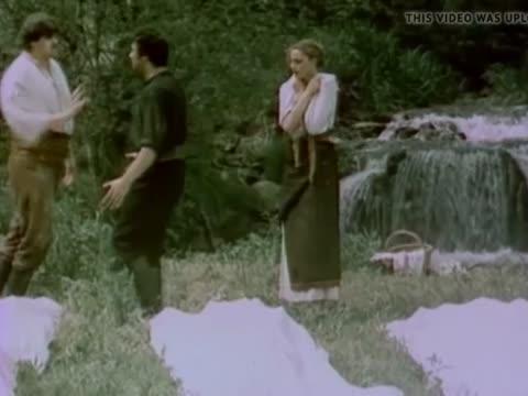 Цыганка аза 1987 топлесс сцены