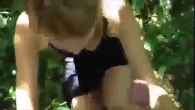 Люда Меренкова отсосала в парке