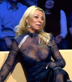 Ирина Салтыкова на НТВ где у нее выпал сасок