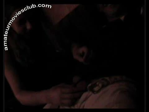 Пьяная Курская студентка под шафе сосет член мужика в ресторане