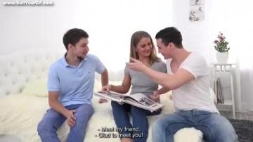 Предложил подругу Jenny Manson своему школьному другу