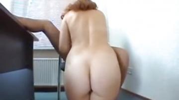 Горячая русская мамочк сосет и ебется на кастинге
